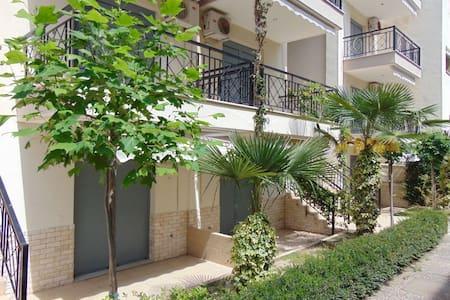4 bed apartments in Kalithea. - Kallithea