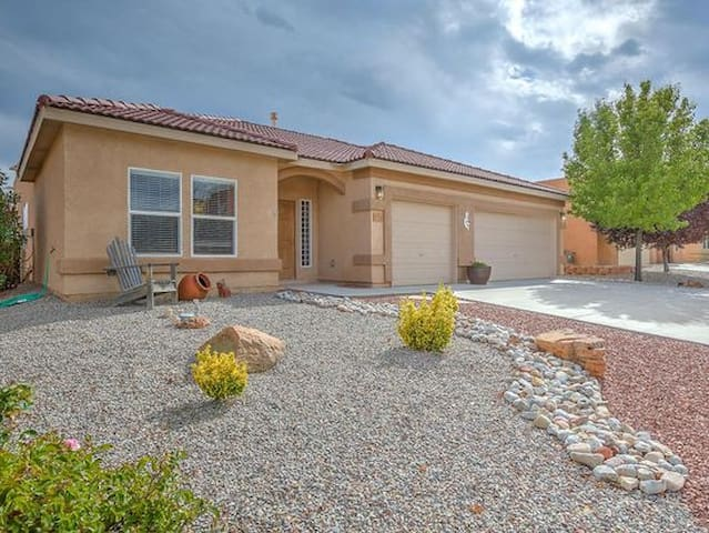 Upscale single-level home in great area!