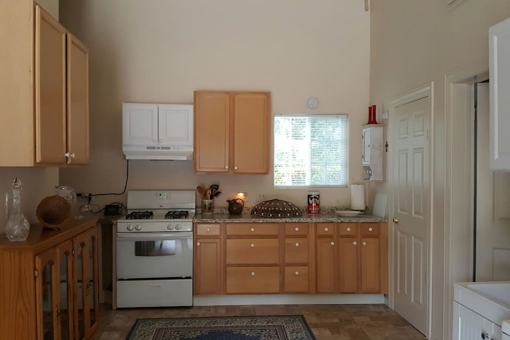 Small, but functional kitchen