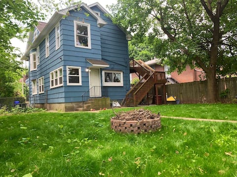 💎The Big Blue House★3 Large bedrooms✔Backyard