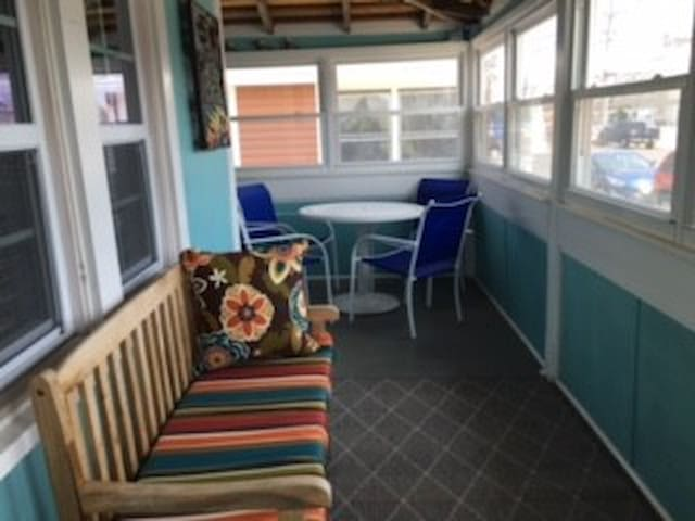Close to Everything-  Summer/Fall /Winter rental - Point Pleasant Beach - Haus