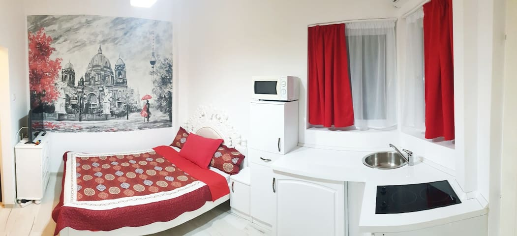 Petite Studio Central 15Min Walk To Old Town