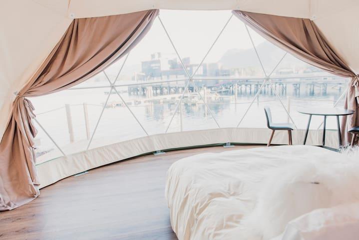 WILDPOD Luxury Glamping: NEST Dome