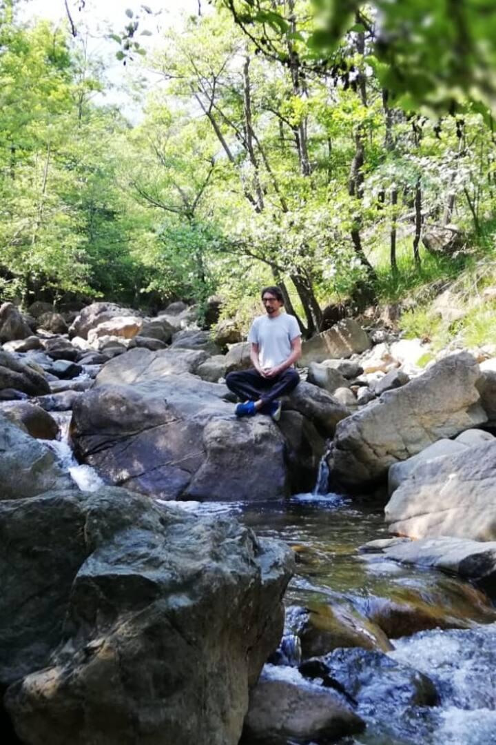 per ascoltare l'acqua nella natura
