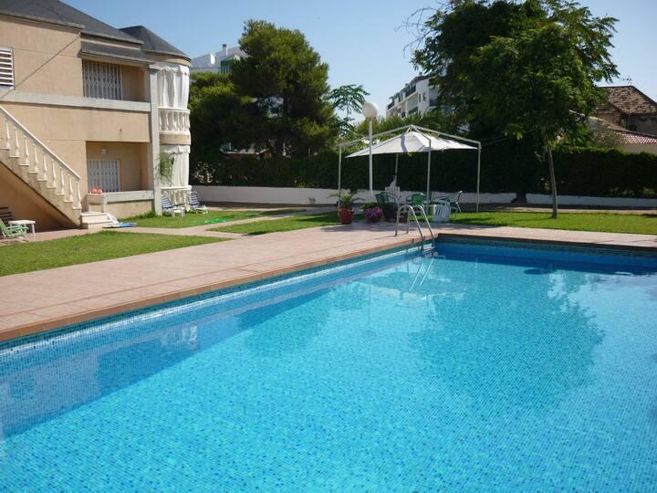 Casa con piscina en Punta Umbria
