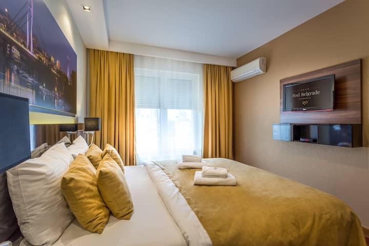 Apart Hotel FeelBelgrade - 1 bedroom with terrace