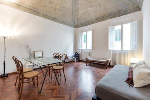 Nice flat in the old town center