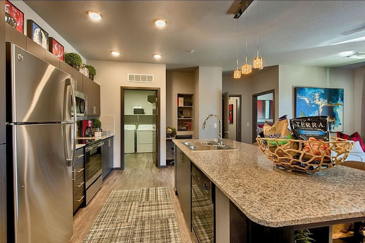 Stay as long as you want | 1BR  in Chandler