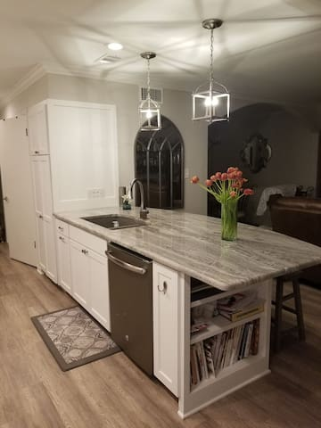 Suite in updated townhome
