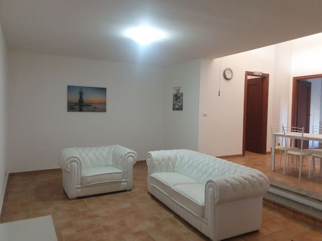 Affitto appartamento a Sabaudia in residence