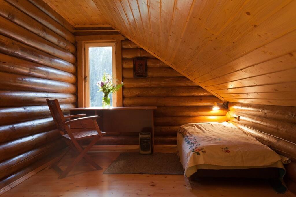 спальня із одинарними ліжками