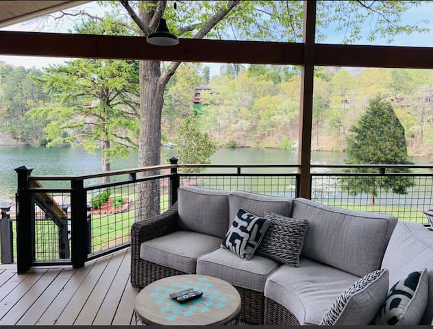Best Waterfront Location in NWA