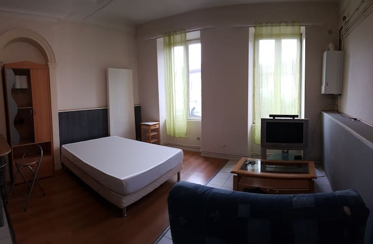 Appartement F1 complet