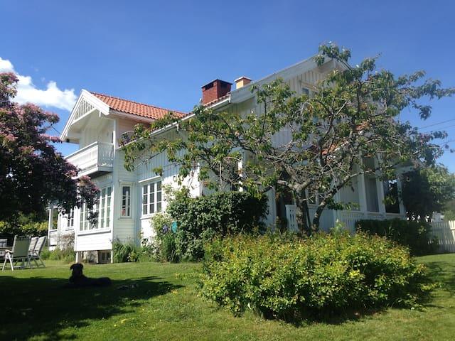 Hus nær sjø og strand - Sande - Villa