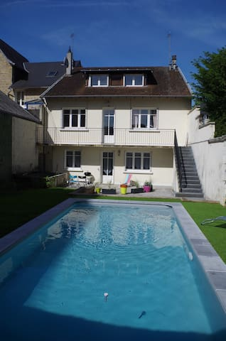 Appartement r nov centre ville de brive piscine case for Piscine de brive