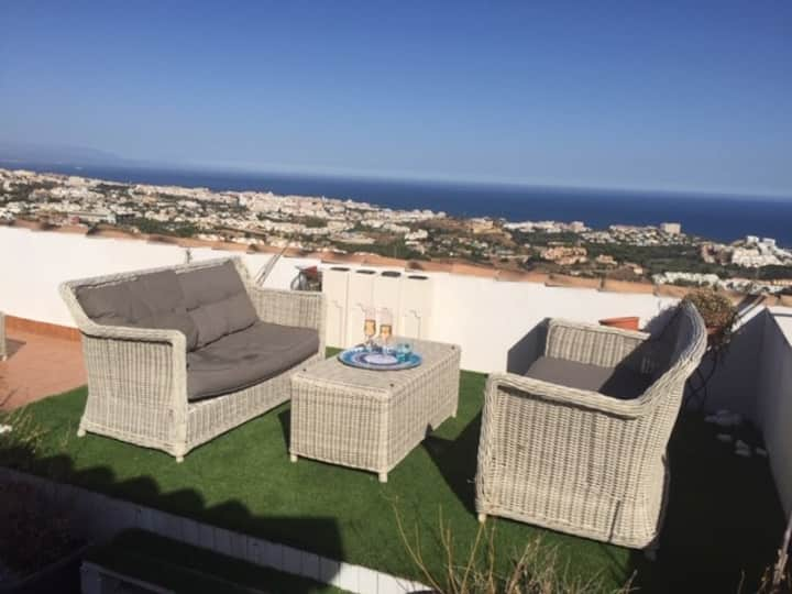 Vista Panoramica - Fab views in heart of village!