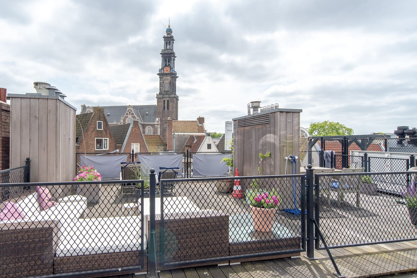 The roof terrace of the B&B with view on the Westertoren