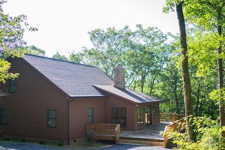 Mountain Paradise - Modern and Rustic - Hinton - Rumah