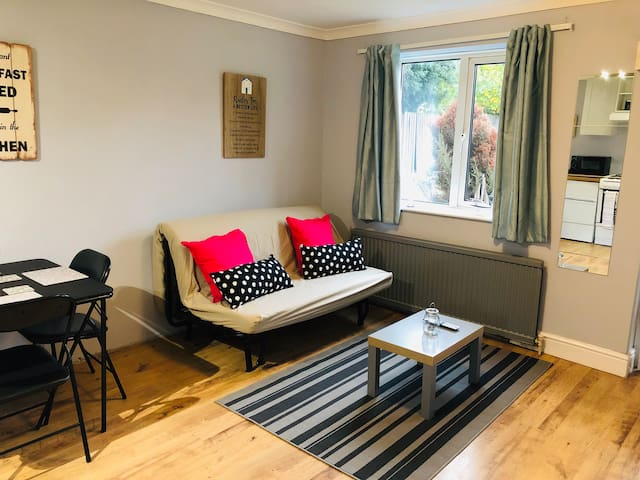 Newly Refurbished 1 Bedroom Flat in CHEMSFORD