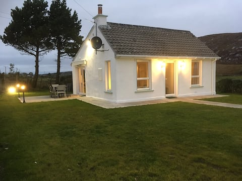 Coastal Cottage Lettermacaward (Dungloe 14km)