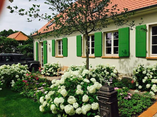 Idylle mit Pool, Kamin und Pferden - Netzeband Temnitzquell - Huis