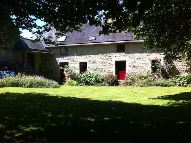 Une maison à la campagne - Locqueltas - Huis