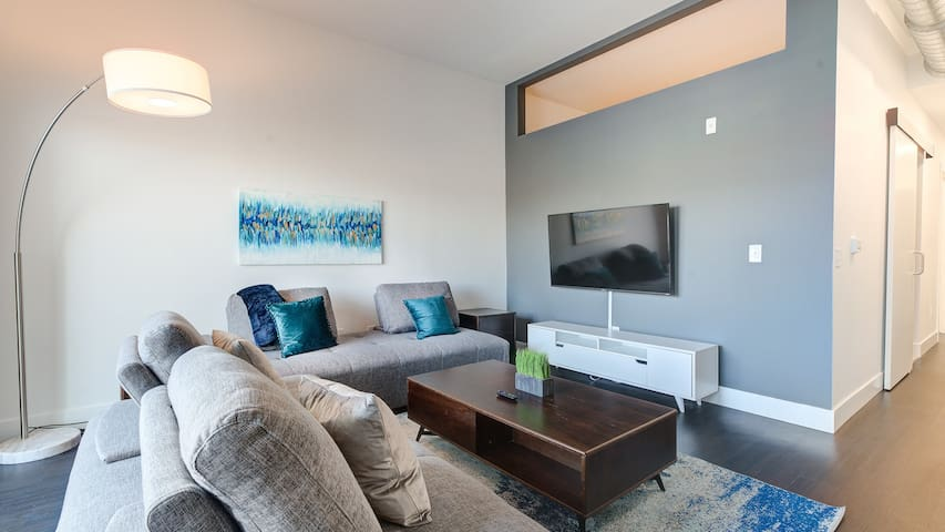 Modern 1BD apartment in downtown Milwaukee