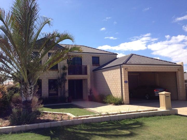 Geraldton Marina - Family Beach House