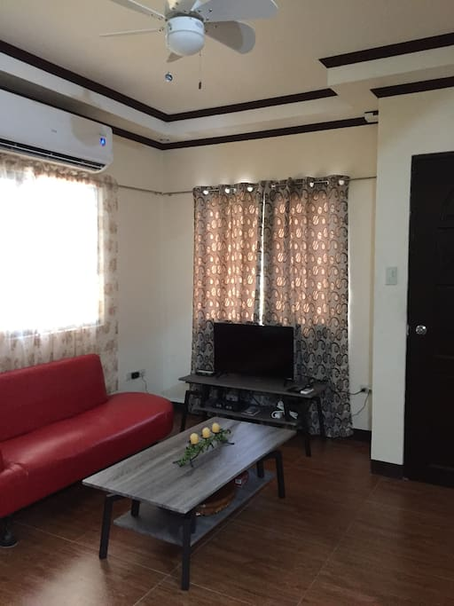 new built two story 3 bd 3 ba home w balcony houses for rent in cavite city calabarzon. Black Bedroom Furniture Sets. Home Design Ideas