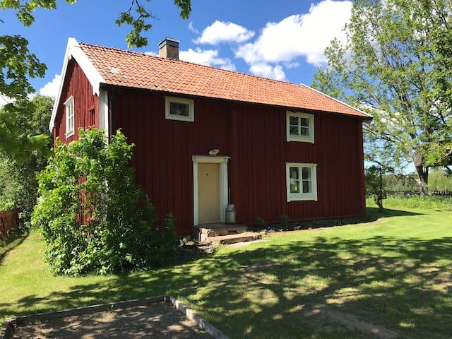 Hus med sjöutsikt, Linköping