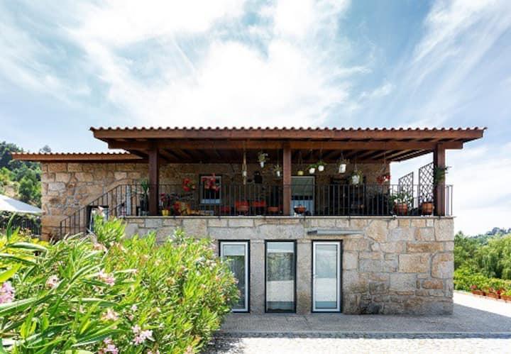 Home, by Julieta - 1.º Andar