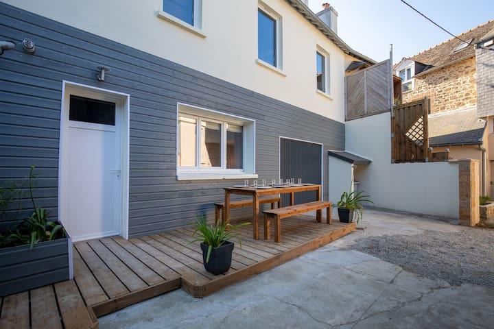 Maison avec studio indépendant au calme St Servan