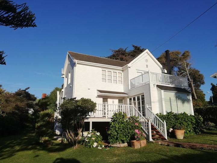 Acogedora casa con vista en Santo Domingo