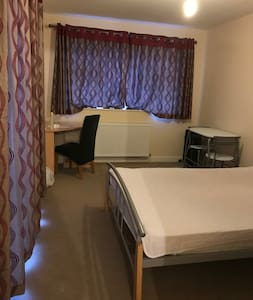 Annex- one large bedroom, WIFI, self catering