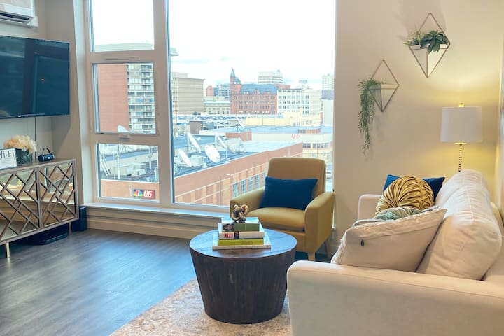 New DT Spokane High Rise Urban 1 bed ParkviewWest