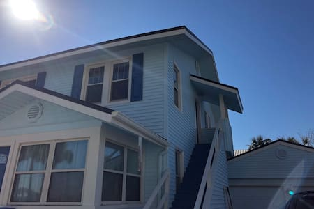 Ocean view - 100yards from beach - Best location.