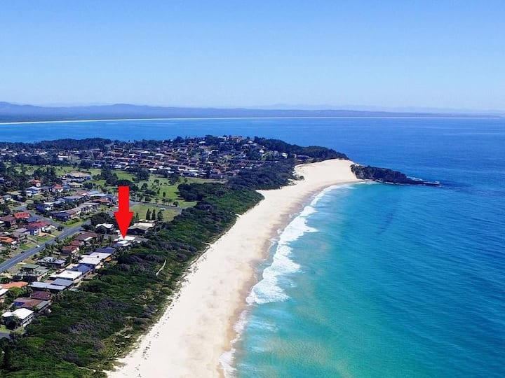 ABSOLUTE beachfront Burrawong Place