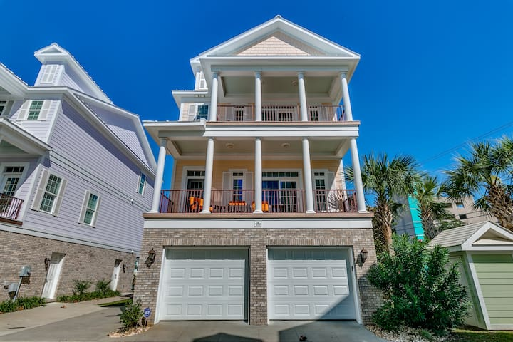 Sands Beach House 300 5 Bedroom Sleeps 12 Houses For Rent In Myrtle Beach South Carolina