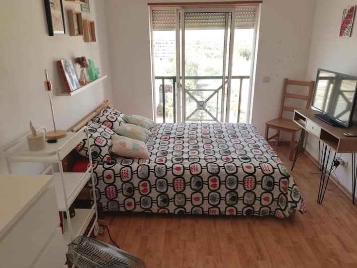 Private Cozy Room with Double Bed