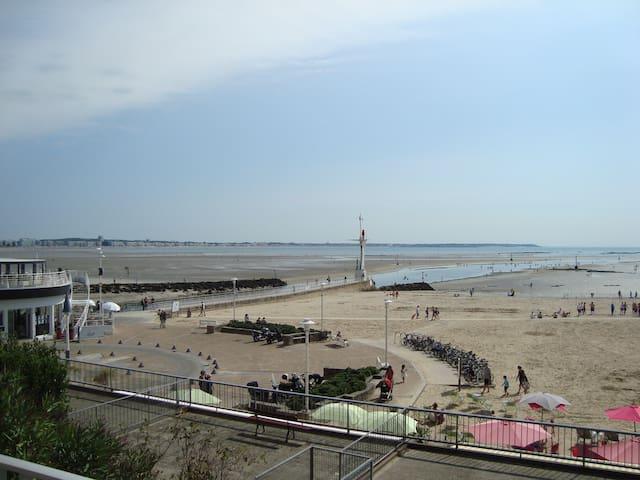 Appart face à la mer, plage du Nau - Le Pouliguen - Byt