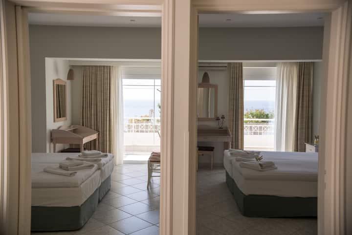 Maria Plomari Apartments 2b5p&sit/r