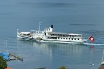 Nostalgie-Dampfschiff Blüemlisalp