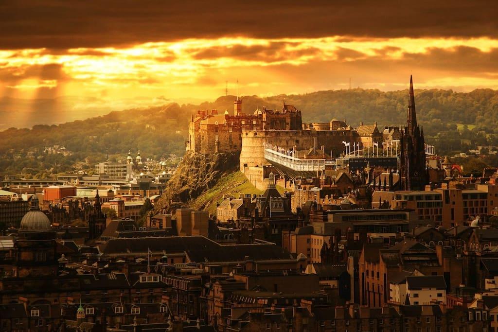 Stunning Edinburgh Castle is a 20 minute walk, or a 10 min bus ride away.