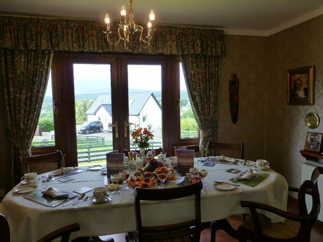 Breakfast are served in our cosy dining room.
