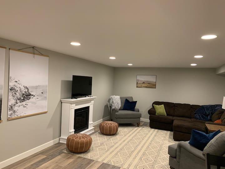 Wenatchee Modern Suite Retreat- 2 queen bedrooms