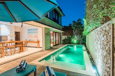 Hide away in Modern tropical 3BR Villa w/ butler