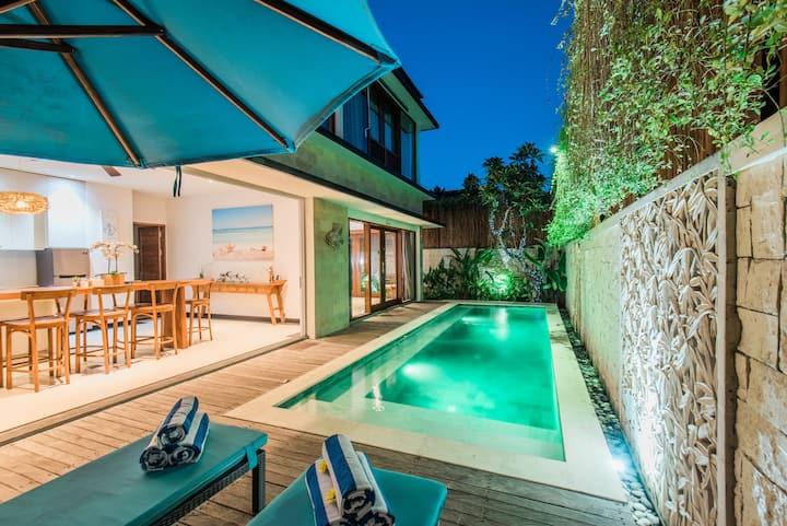 Hide away in Modern tropical 3BR Villa w/ butler