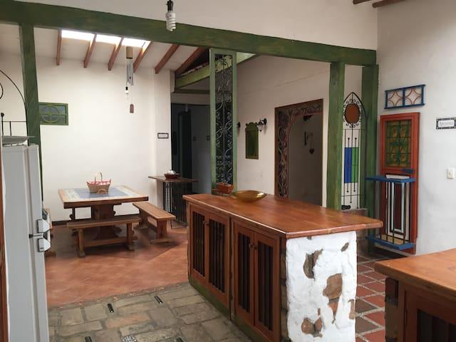 Hermosa y acogedora casa en el Retiro Antioquia
