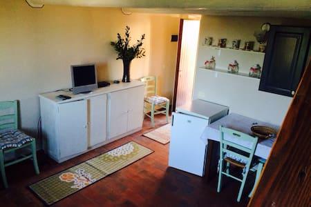 Monolocale indipendente - Porto Ercole - Lägenhet