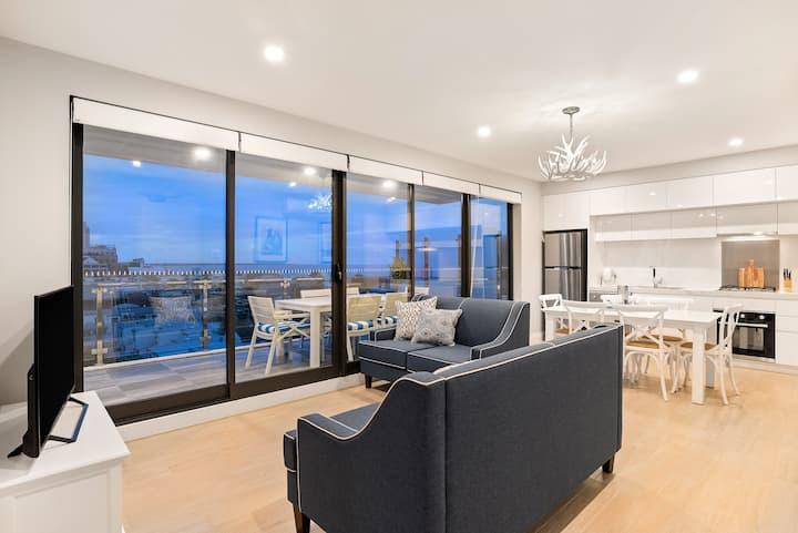 The Hamptons Premier 2 Bedroom Apartment